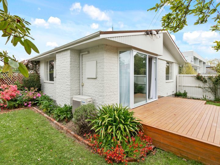 2 16 holly road christchurch christchurch city houses for rent rh oneroof co nz