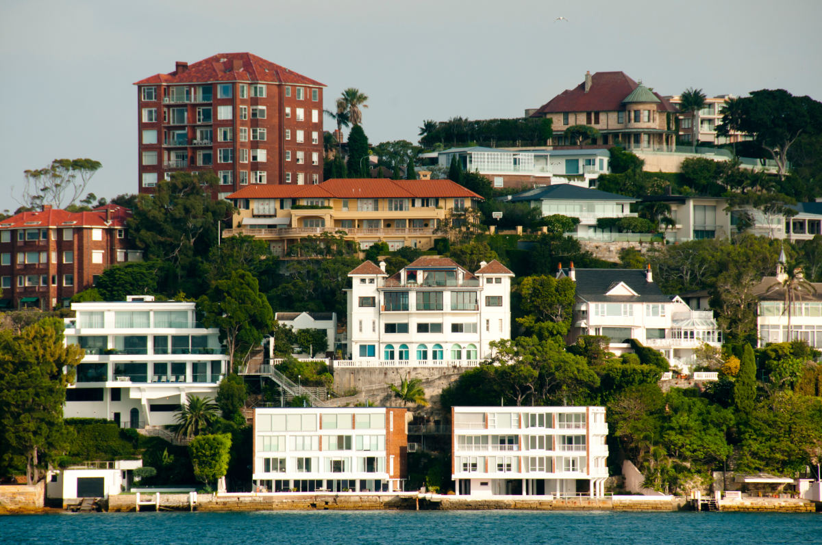 Auckland house prices: Will they follow Sydney off the cliff
